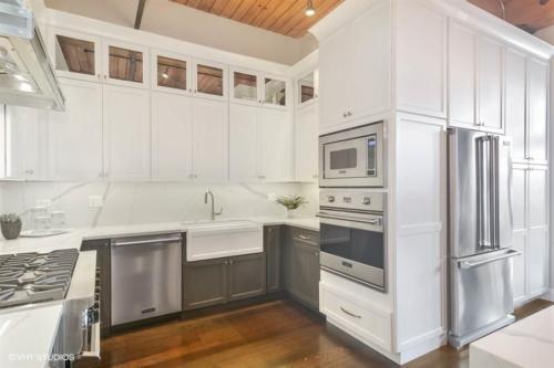 06 1000WWASHINGTONBoulevard Unit338 177001 Kitchen LowRes
